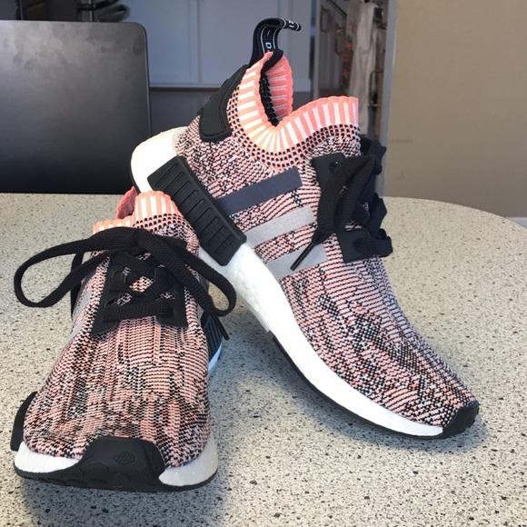 le adidas donne addidas nmd r1 luce scarpe rosa poshmark